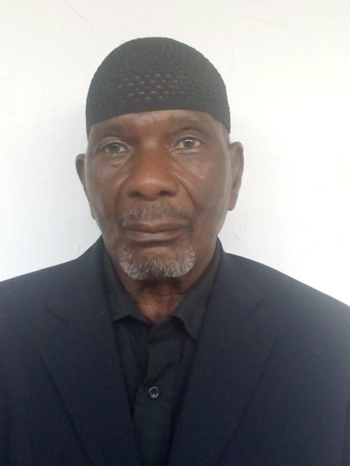 Infirmier diplômé d'État de promotion à la retraite, Salia Ouattara a publié le fruit de son étude sur le stress