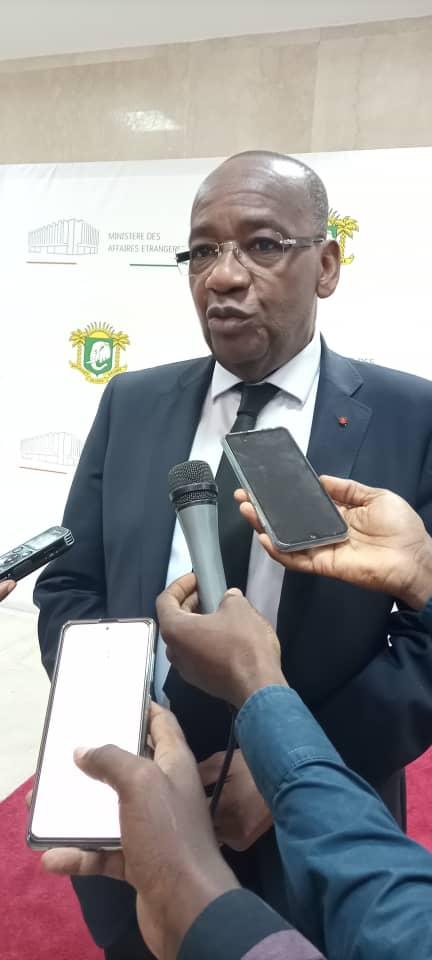 Selon l'ambassadeur Jean-Marie Somet, Directeur de la diplomatie économique de la Côte d'Ivoire, ce secteur de la diplomatie